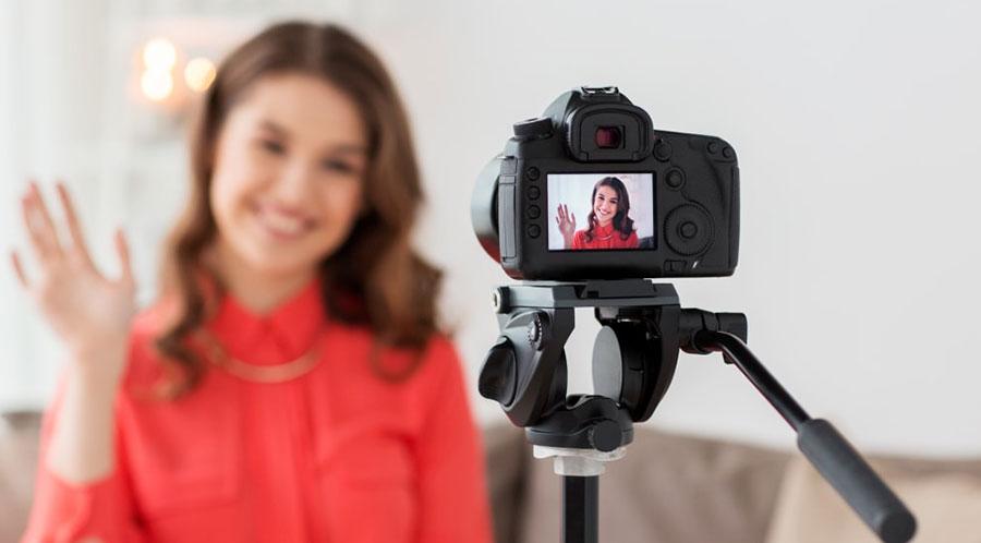 видеоблоггеры