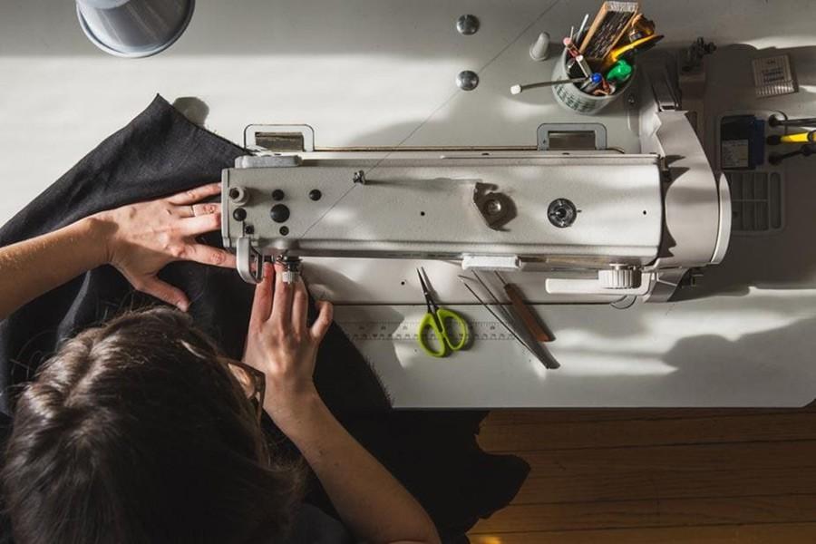 о плюсах и минусах швейного дела