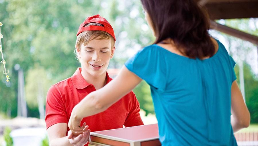 работа курьером подростку