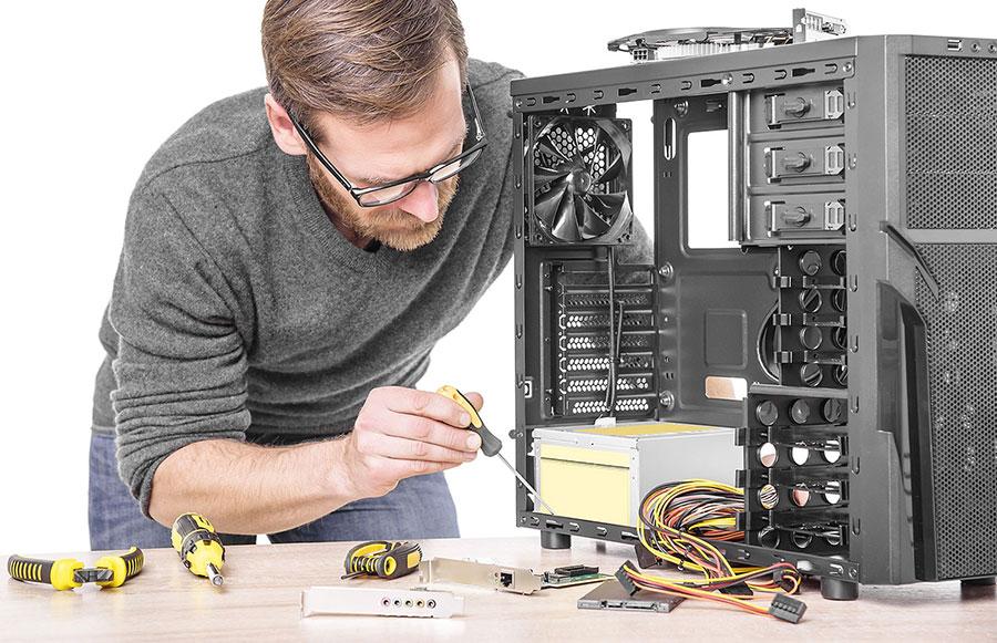 мастер и компьютер